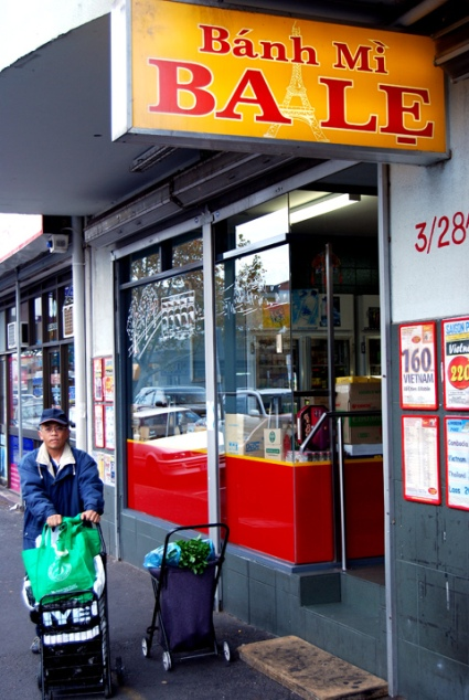Bánh mì (pork roll) shop in Melbourne. Photo by Phil Lees (Flickr/Creative Commons).